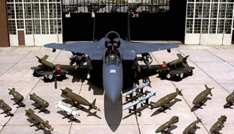 Pesawat Jet F 15E