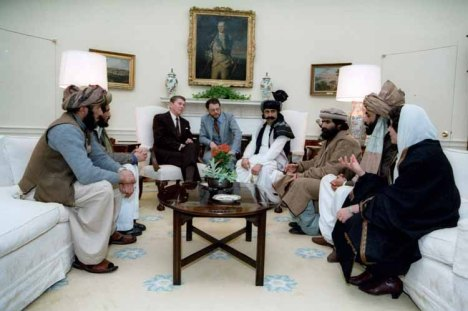 Reagan Meets Afghanistan Fighters at Whitehouse