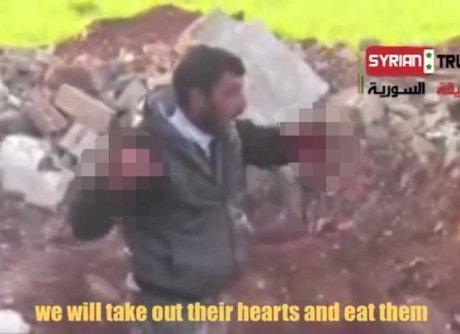 Pemberontak Suriah Makan Jantung Manusia