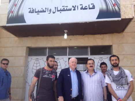 John McCain dengan Pemberontak Suriah